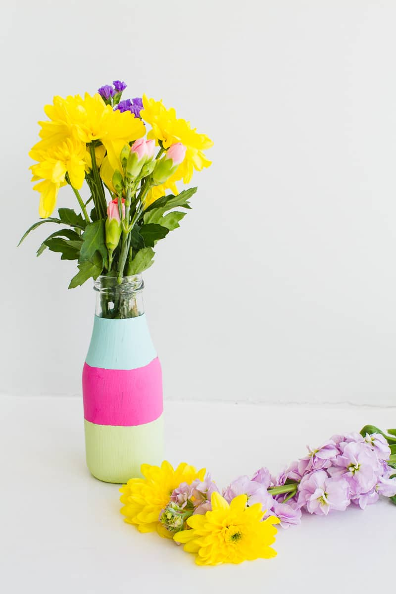 DIY colour block bright bold bottle tutorial wedding decor painted