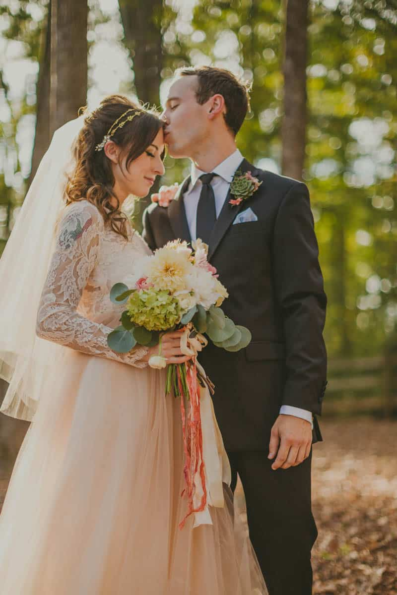 HOW TO THROW A WEDDING YOUR GUESTS WILL LOVE! (13)