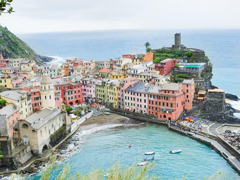 Cinque Terre Travel Guide Train Hiking Italy Information Advice Reccomendation Colourful_-56
