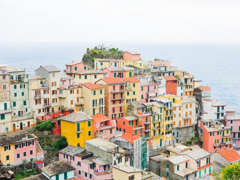 Cinque Terre Travel Guide Train Hiking Italy Information Advice Reccomendation Colourful_-78