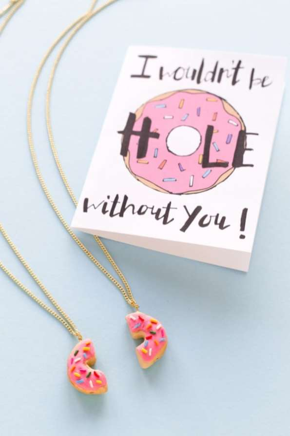 DIY-Donut-Friendship-Necklaces-600x900