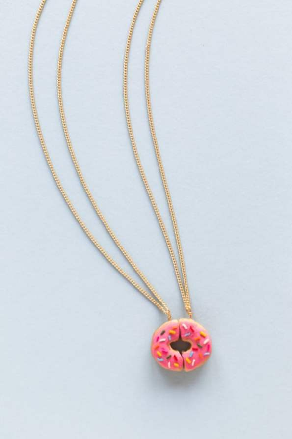 DIY-Donut-Friendship-Necklaces2-600x900