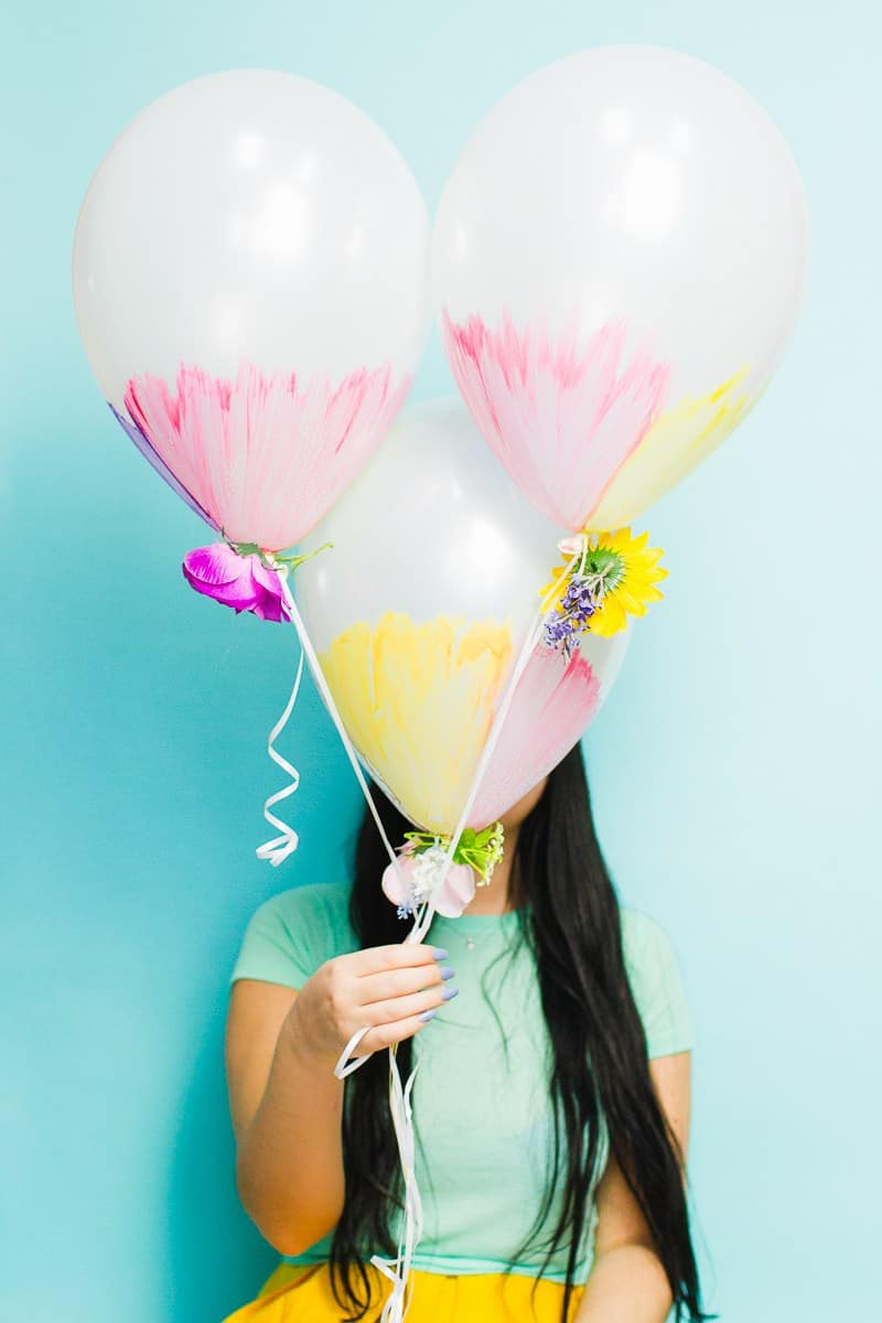 DIY-watercolour-balloons-with-flowers-wedding