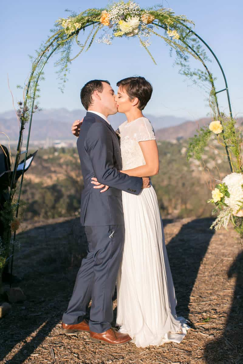 INTIMATE OUTDOOR WEDDING IN CALIFORNIA PLANNED IN JUST 3 MONTHS (28)