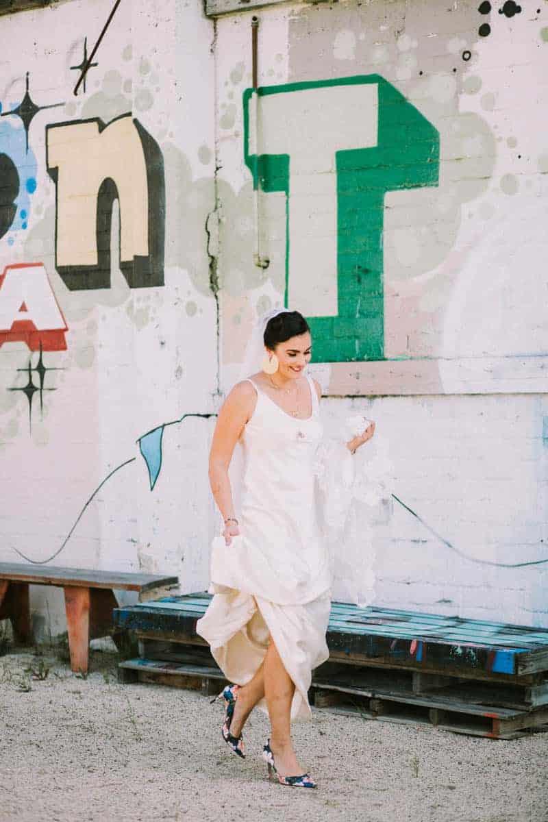 MODERN GATSBY GOES TO COACHELLA WEDDING WITH STARWARS (6)
