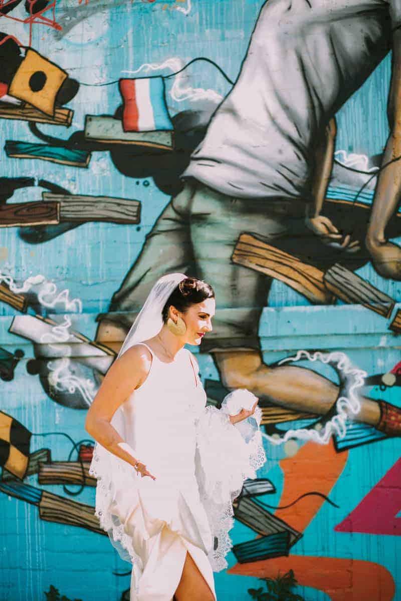MODERN GATSBY GOES TO COACHELLA WEDDING WITH STARWARS (7)