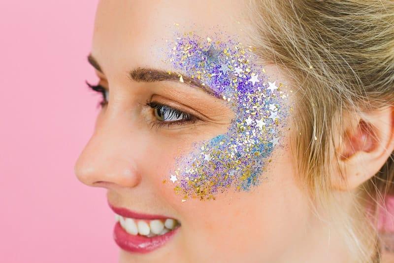DIY Glitter Station Wedding Make Your own sparkle station glitter face makeup festival_-4
