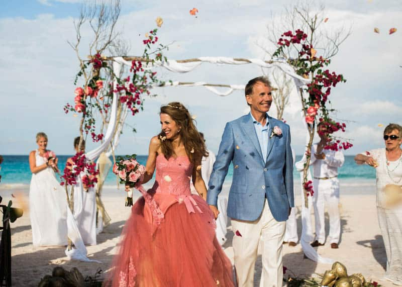 REAL LIFE CINDERELLA FAIRY TALE WEDDING IN THE BAHAMAS WITH A PINK VERA WANG DRESS (22)