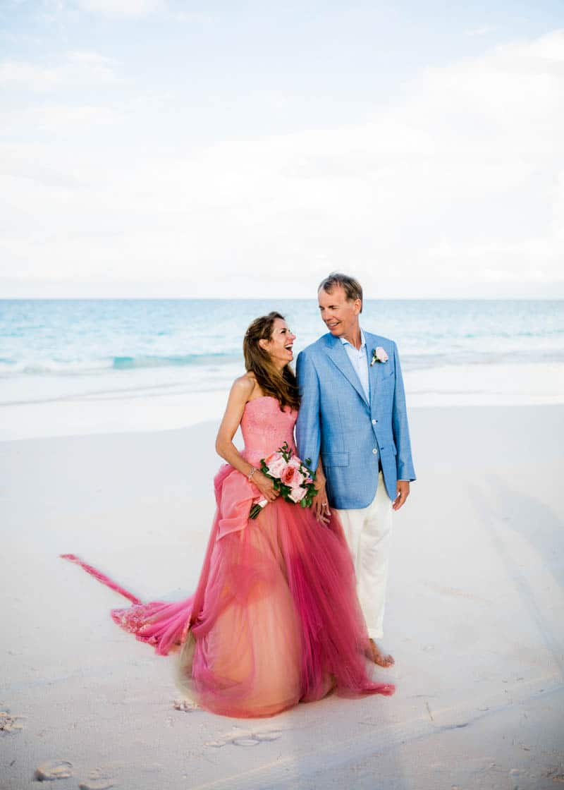 REAL LIFE CINDERELLA FAIRY TALE WEDDING IN THE BAHAMAS WITH A PINK VERA WANG DRESS (9)