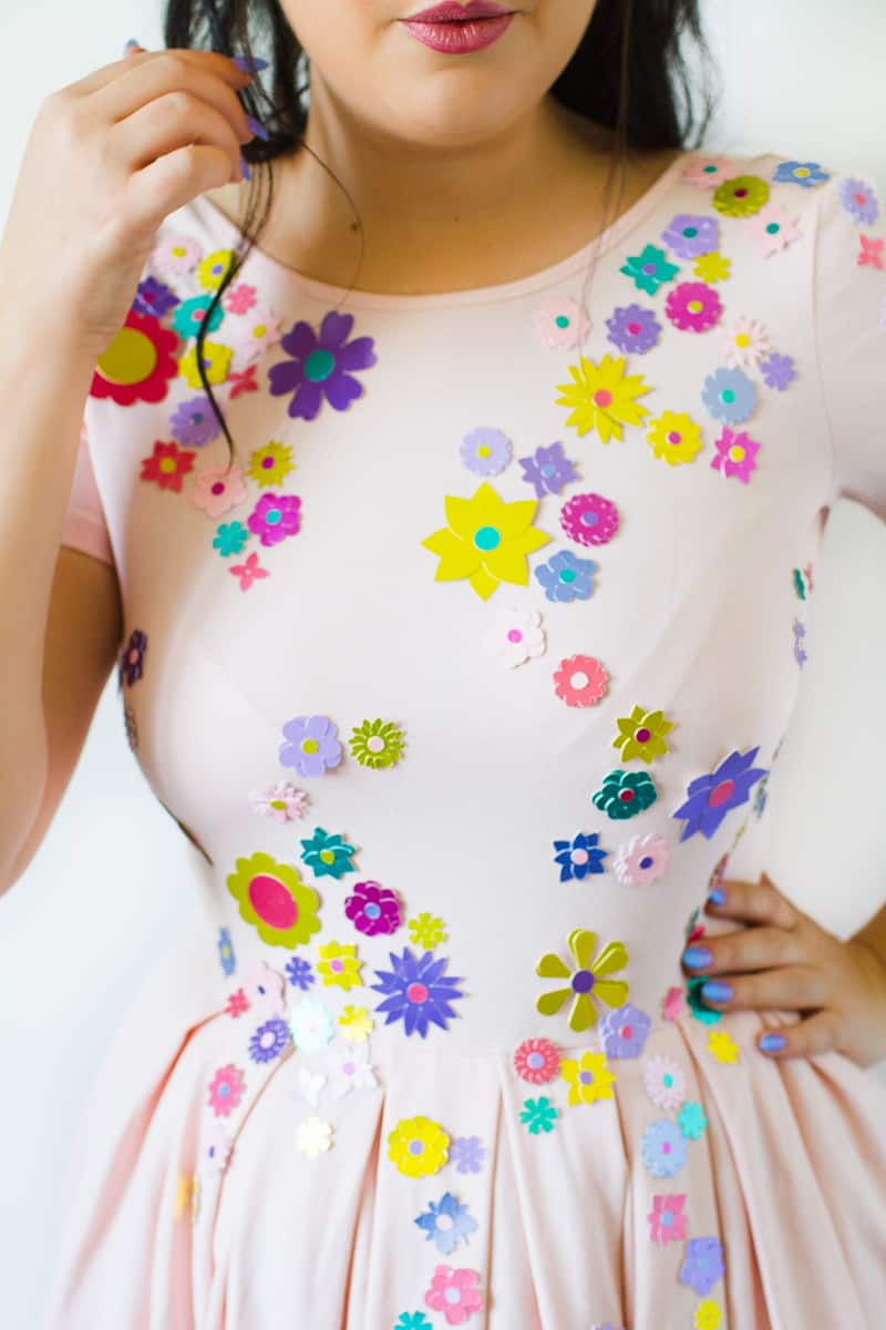 diy-embellished-dress-make-your-own-wedding-bridesmaid-dress-cricut-brooch-jewels-floral-flower-summer-fashioin-tutorial-6