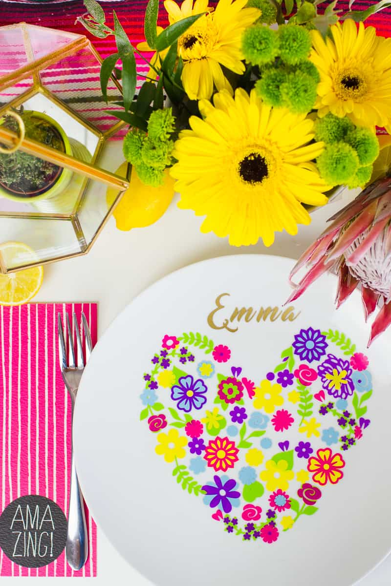 diy-floral-flower-place-setting-plate-name-place-summer-table-decorations-wedding-7
