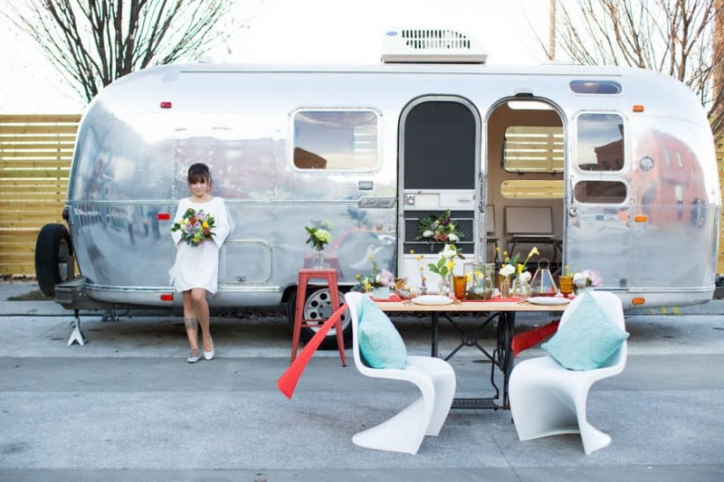 airstream-caravan-unique-alternative-wedding-transportation-car-ideas