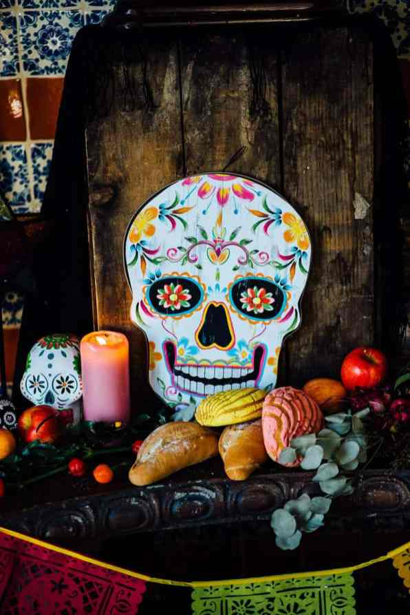 day-of-the-dead-halloween-wedding-ideas-1
