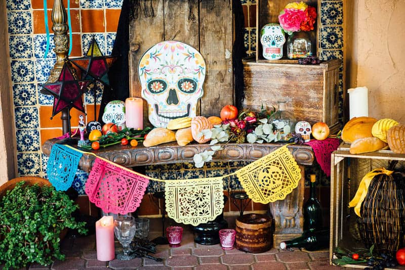 day-of-the-dead-halloween-wedding-ideas-8
