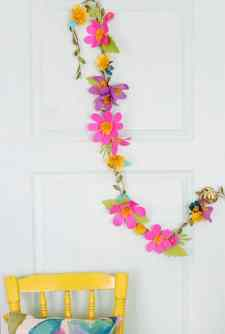best-paper-flower-tutorials-for-your-wedding-paper-flower-garland-bespoke-bride-wedding-blog