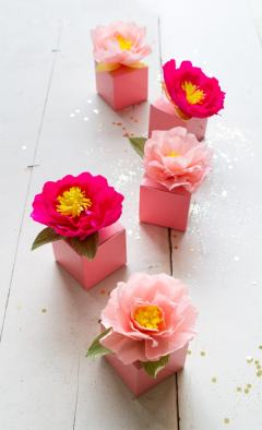 best-paper-flower-tutorials-for-your-wedding-peony-favours-bespoke-bride-wedding-blog