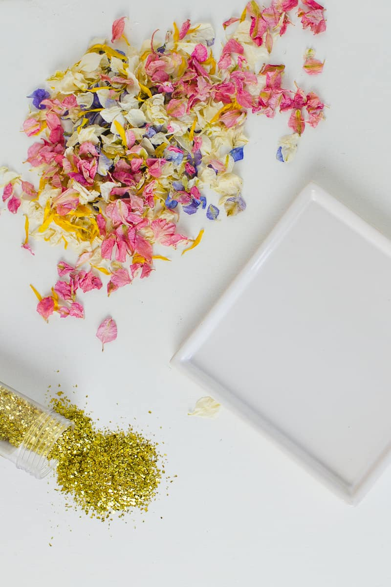diy-confetti-tray-natural-petal-colourful-shropshire-petals-gift-tutorial-glitter-1