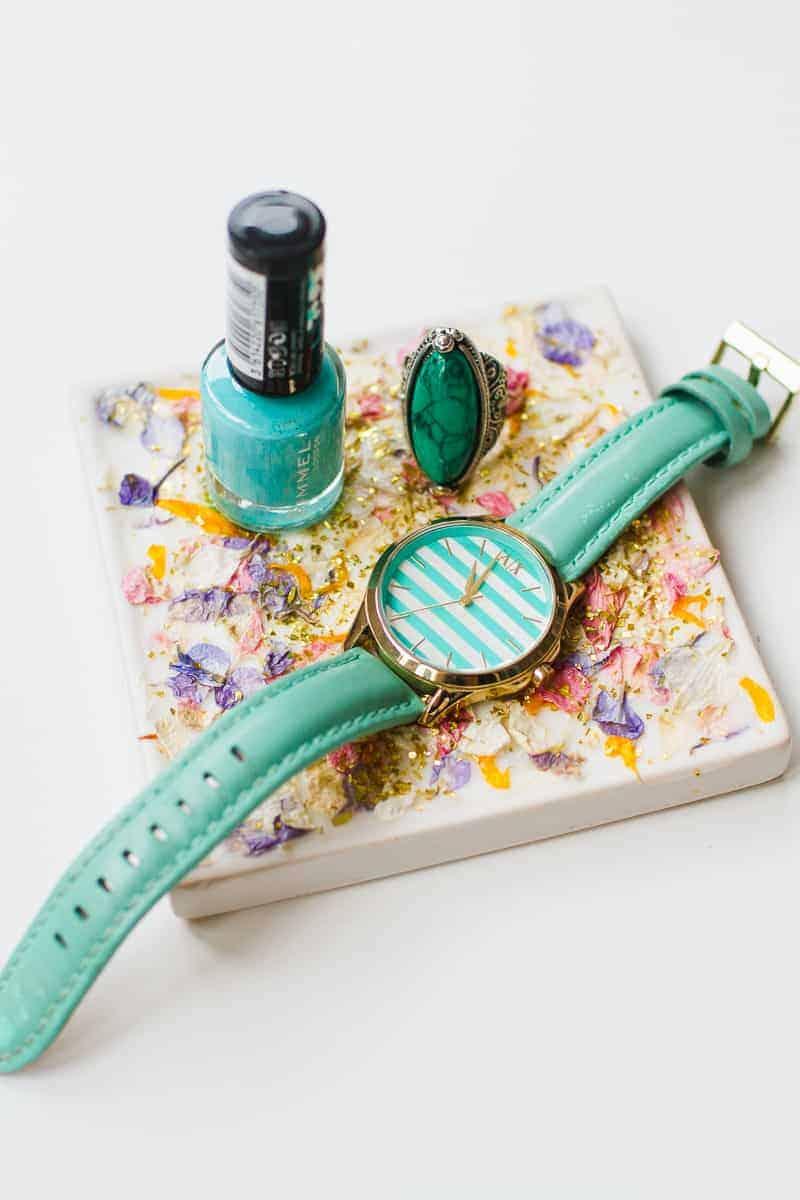 diy-confetti-tray-natural-petal-colourful-shropshire-petals-gift-tutorial-glitter-6