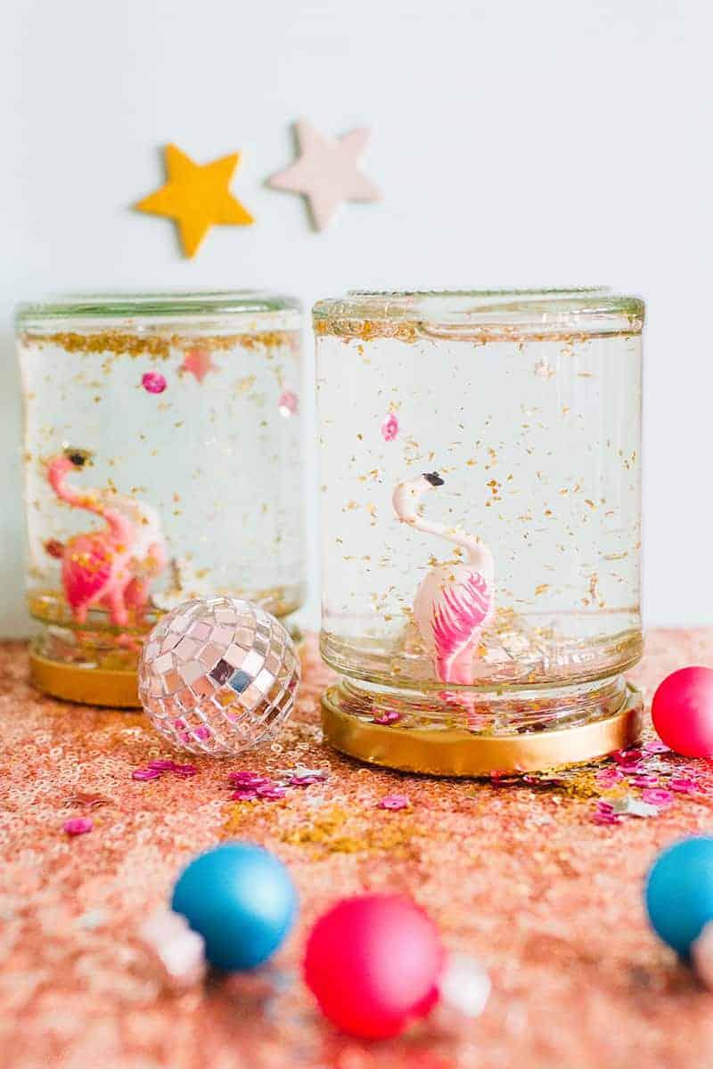 diy-flamingo-snow-globes-6