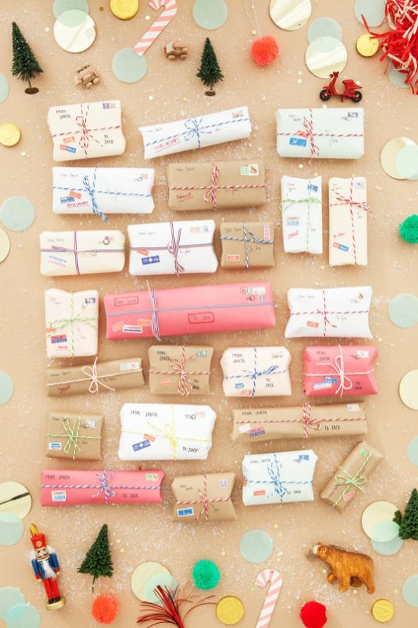mini-mail-advent-packages-calendar