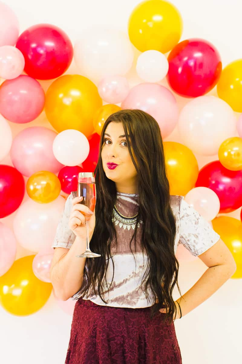 diy-balloon-backdrop-new-years-eve-photo-booth-colourful-fun-decor-ideas-tutorial-10
