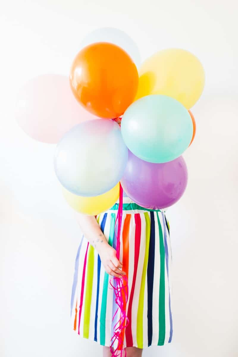 thoughts-on-turning-30-birthday-shoot-balloons-fun-colourful-party_-4