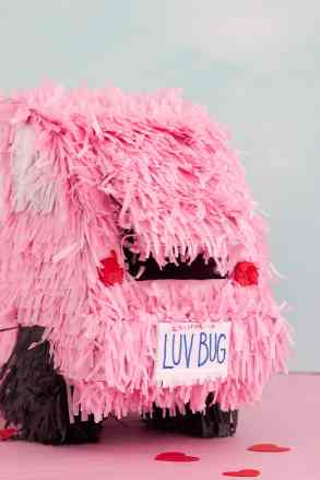 60-VALENTINES-DAY-GIFT-DIY'S-FOR-YOUR-GAL-PALS-LOVE-BUG-PINATA-BOX