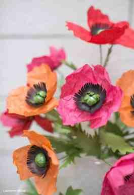 best-paper-flower-tutorials-for-your-wedding-tissue-paper-poppies-bespoke-bride-wedding-blog