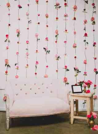 CREATIVE DIY WEDDING PARTY BACKDROPS-FRESH FLOWER WALL