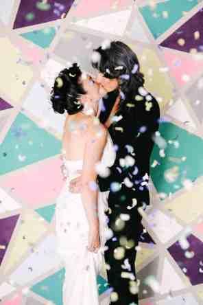 CREATIVE DIY WEDDING PARTY BACKDROPS-NO SEW GEOMETRIC WEDDING BACKDROP