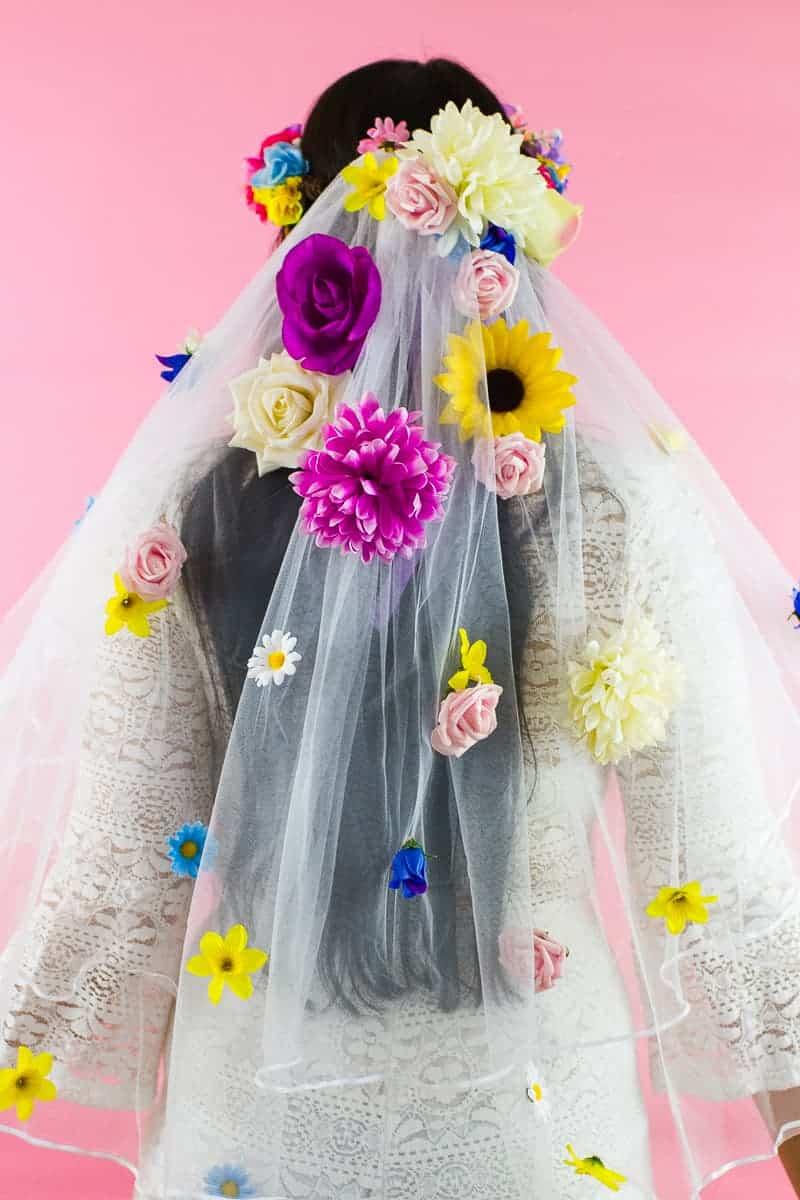 HOW TO MAKE YOUR OWN FLORAL VEIL | Bespoke-Bride: Wedding Blog