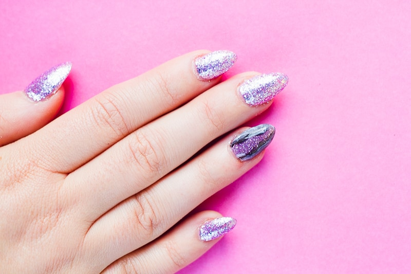 diy-geode-amethyst-nail-tutorial-diy-purple-crystal-nail-manicure-6