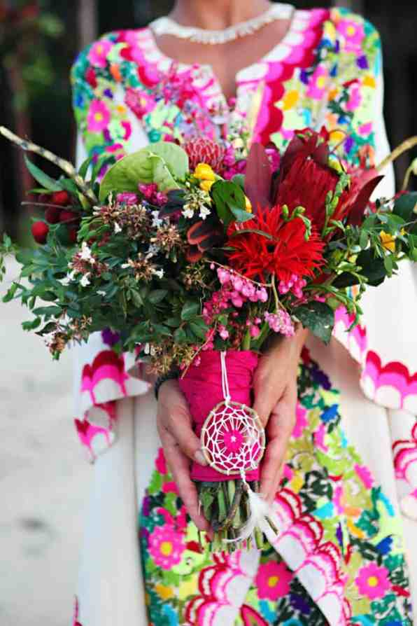 MYSTICAL VIBRANT WEDDING IDEAS IN SAYLUTIA MEXICO (12)
