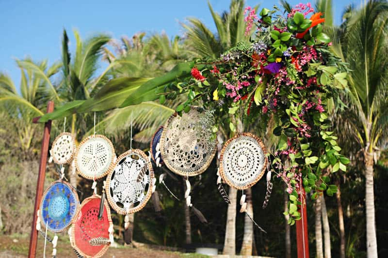 MYSTICAL VIBRANT WEDDING IDEAS IN SAYLUTIA MEXICO (3)