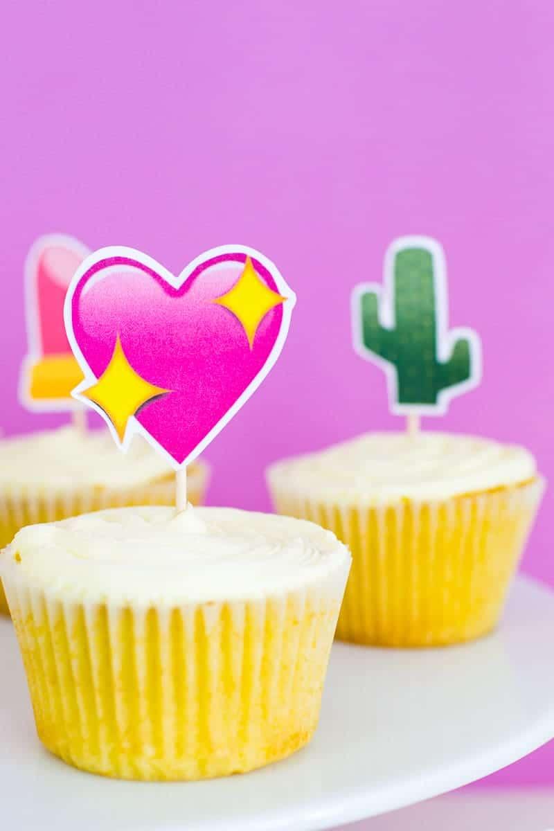 Emoji Cake Topper DIY Printable Download Fun cupcake heart unicorn watermelon rainbow_-10