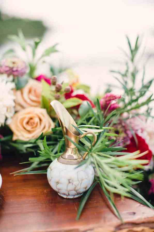 HOW TO STYLE A MOROCCAN BOHO BEACH WEDDING (14)