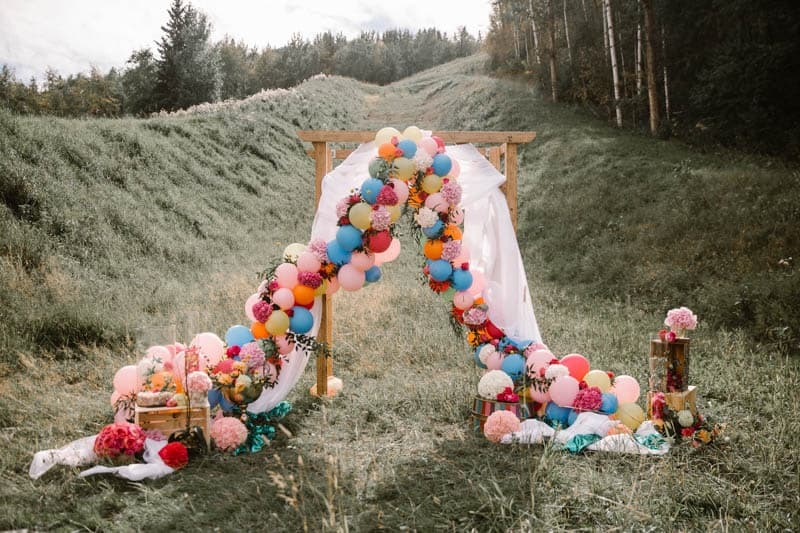 PLAYFUL & ROMANTIC KATY PERRY INSPIRED WEDDING WITH COLORFUL BALLOON ARCH (1)