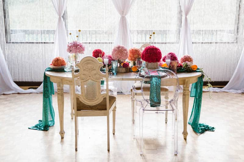 PLAYFUL & ROMANTIC KATY PERRY INSPIRED WEDDING WITH COLORFUL BALLOON ARCH (11)