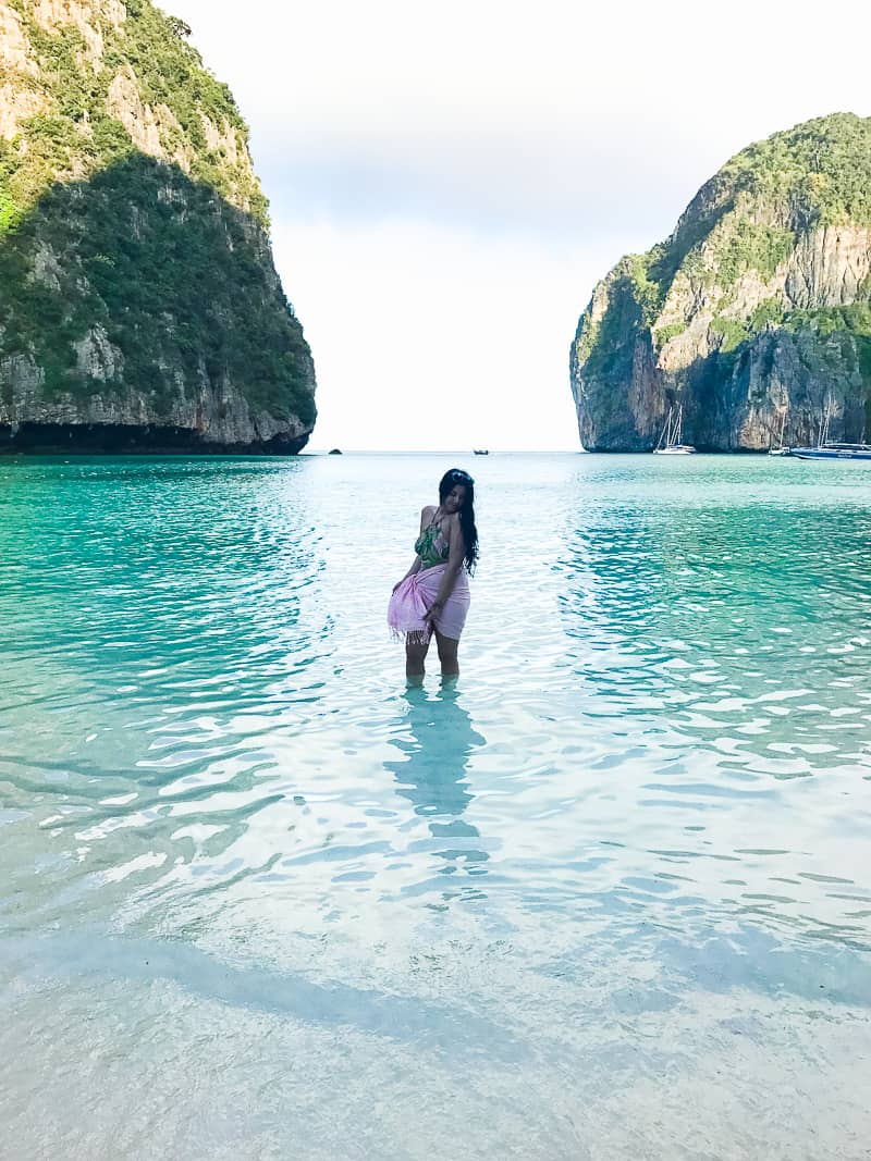 Phuket Thailand Travel Guide What to do Phi Phi where to stay food eating town honeymoon blogger-33