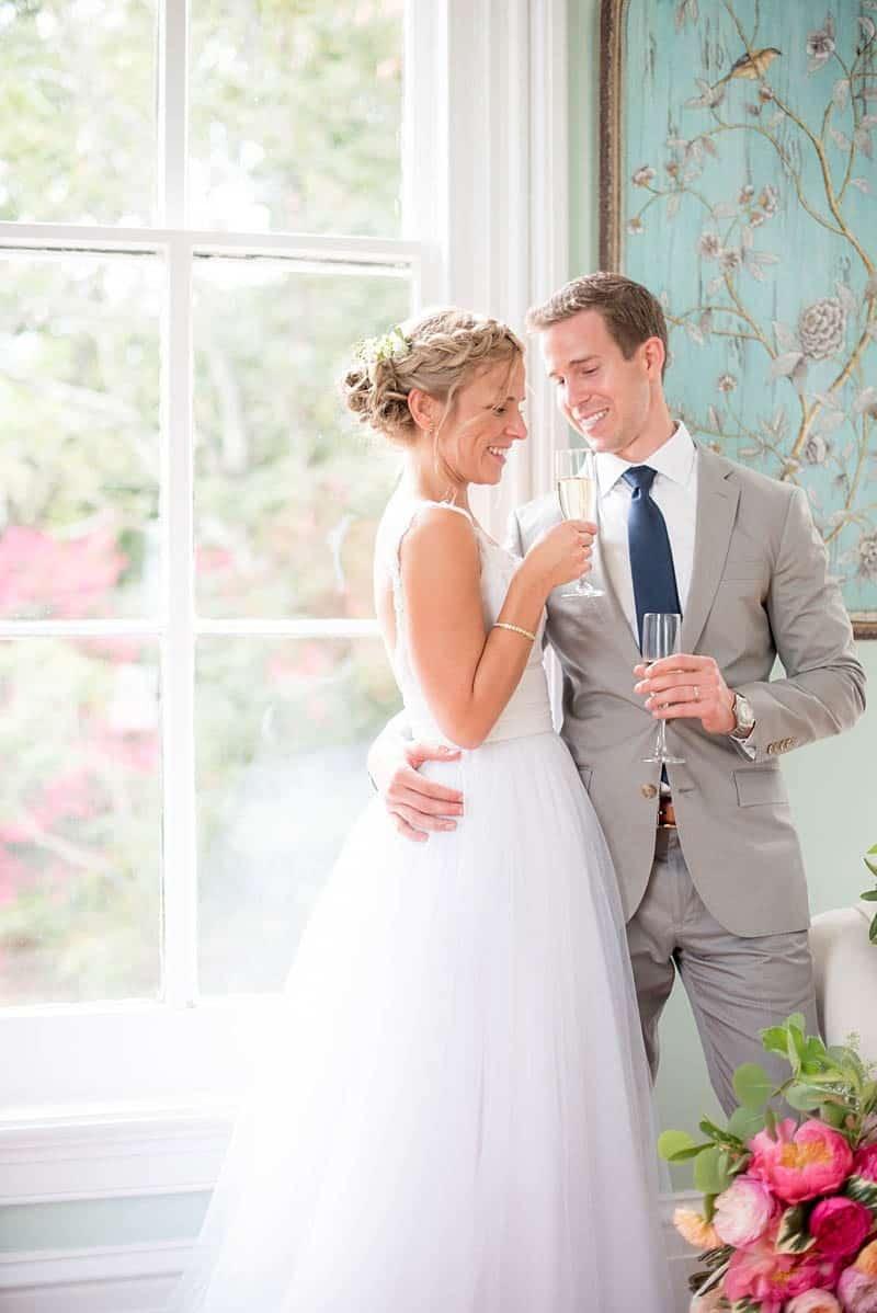 STYLISH FLORAL & FOLIAGE MERRIMON WYNNE HOUSE WEDDING (2)