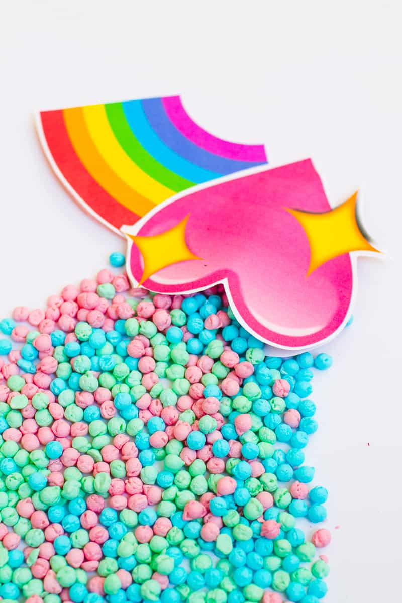 Emoji Favour Bags Pouches Candy Confetti Sweets Fun Unique Favour Ideas Printable Free Download-15