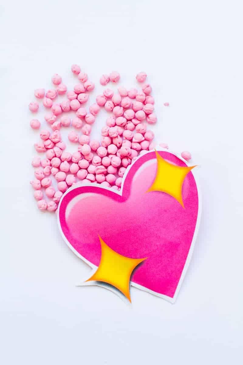 Emoji Favour Bags Pouches Candy Confetti Sweets Fun Unique Favour Ideas Printable Free Download-3