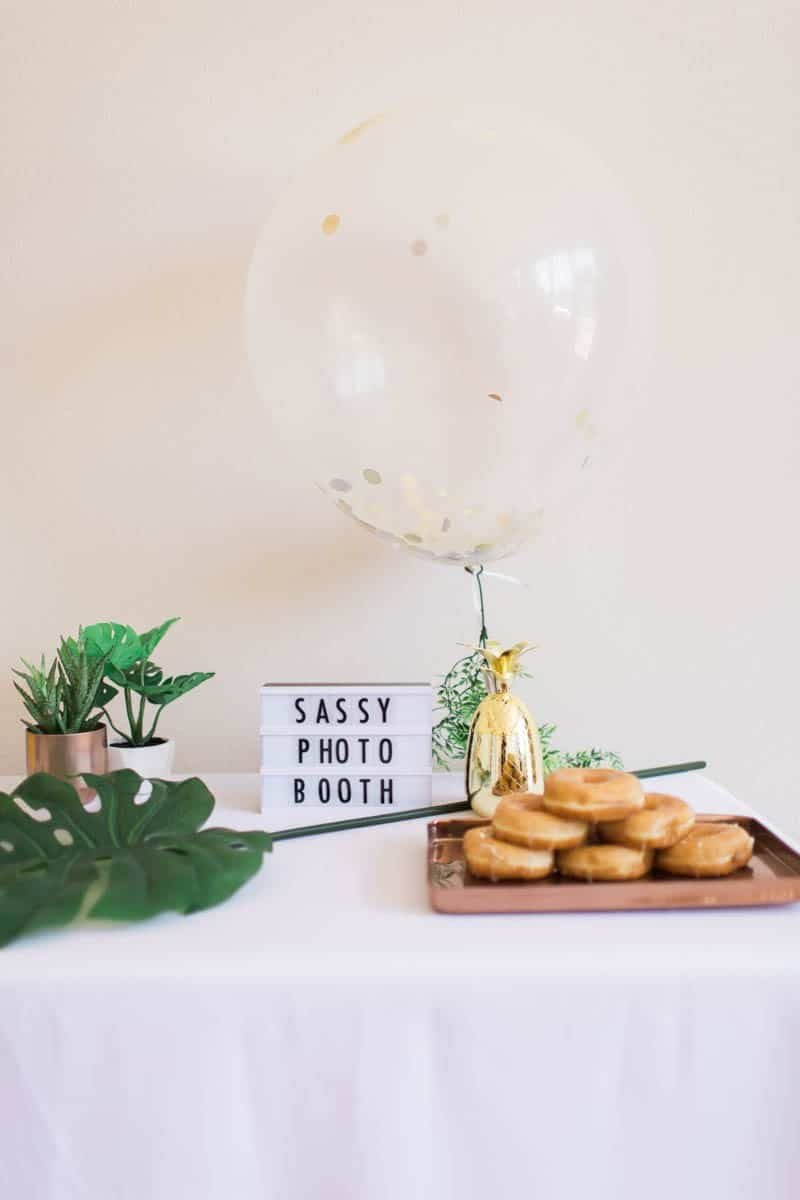 UNIQUE PHOTO BOOTH STYLING IDEAS FOR A WEDDING BACHELORETTE OR HEN PARTY (23)
