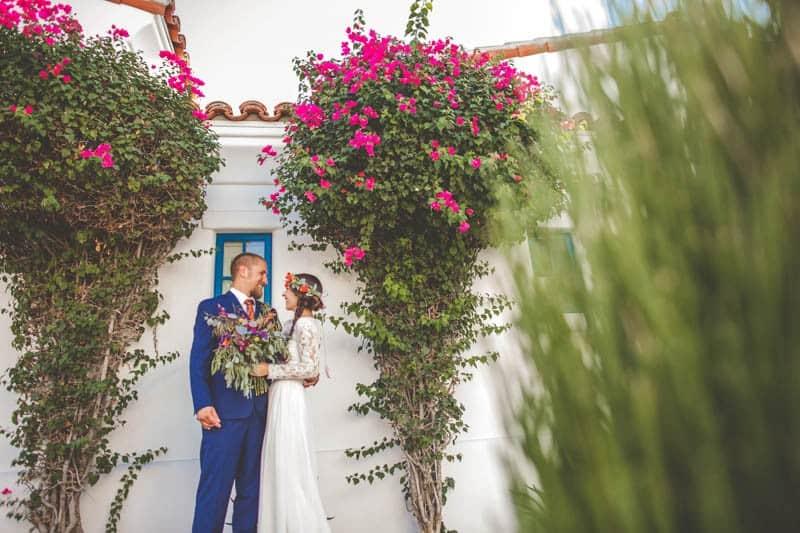 COACHELLA INSPIRED FESTIVAL WEDDING IN THE DESERT (16)