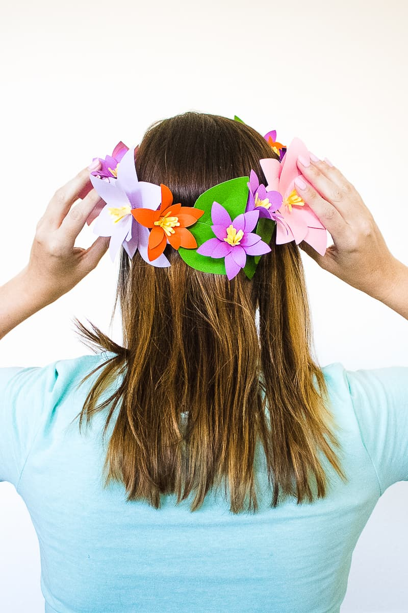 DIY Paper Flower Crown Make Your Own Colourful Fun Headpiece Papercraft-12