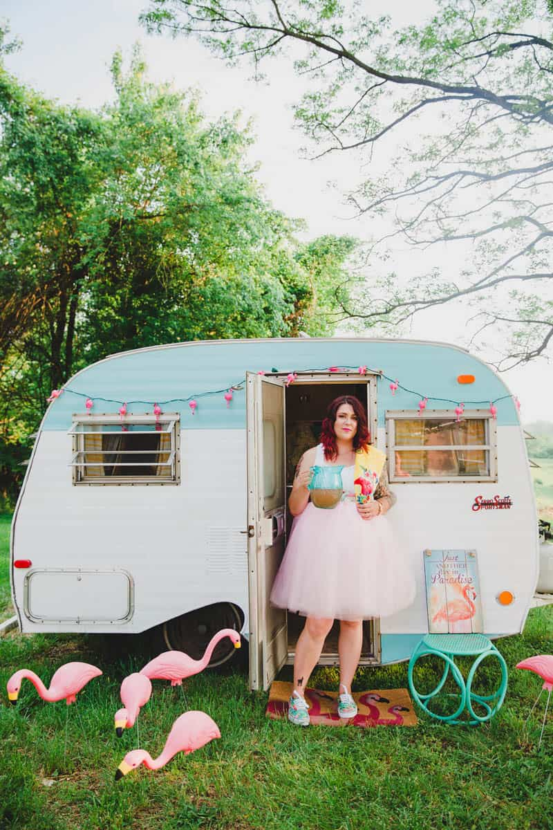 FLAMINGO THEMED ELOPEMENTS IDEAS IN A VINTAGE AIRBNB CAMPERVAN (23)
