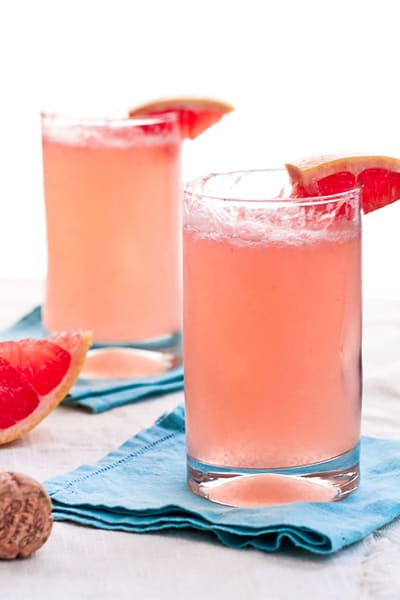 GRAPEFRUIT-MIMOSAS-THE-BREWER-AND-THE-BAKER