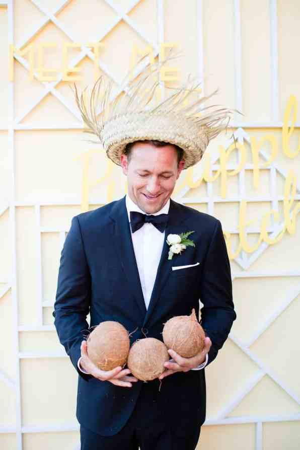 HAWAIIAN INSPIRED COLOURFUL WEDDING WITH PINEAPPLES COCKTAILS BRIGHT YELLOW COLOUR SCHEME-18