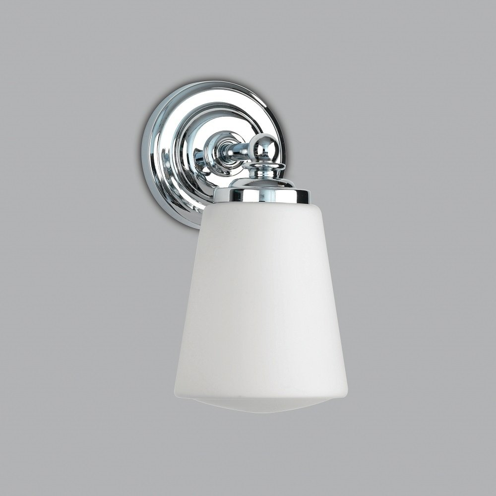 Traditional Bathroom Wall Light for Victorian and