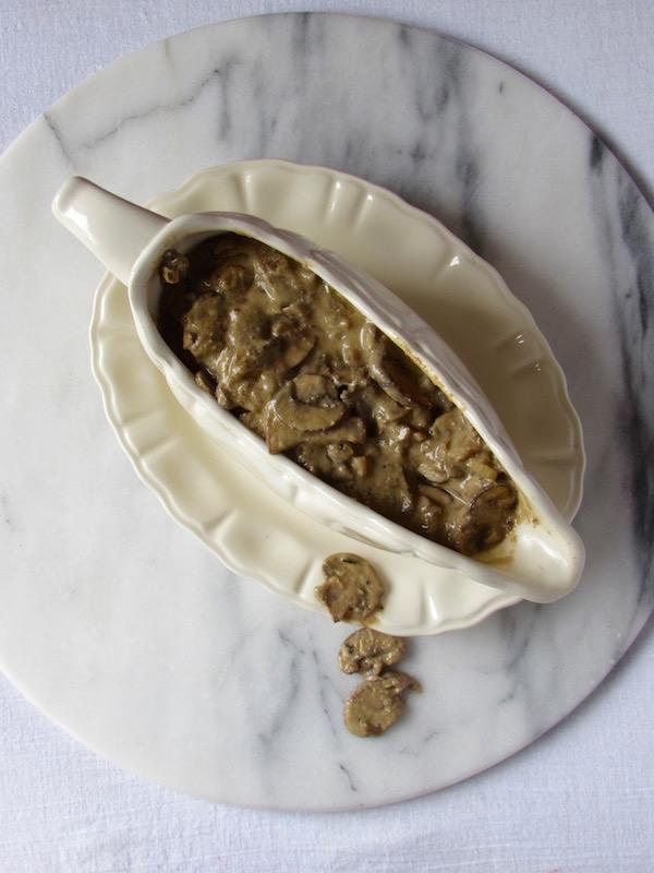 Vegan Mushroom Gravy 3